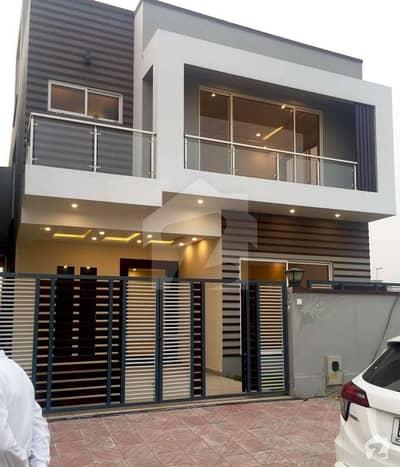 جی ۔ 13 مرکز جی ۔ 13 اسلام آباد میں 4 کمروں کا 7 مرلہ مکان 90 ہزار میں کرایہ پر دستیاب ہے۔