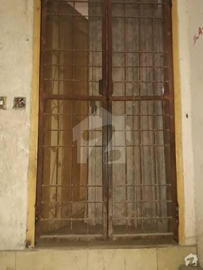 راج گڑھ لاہور میں 2 کمروں کا 3 مرلہ فلیٹ 45 لاکھ میں برائے فروخت۔