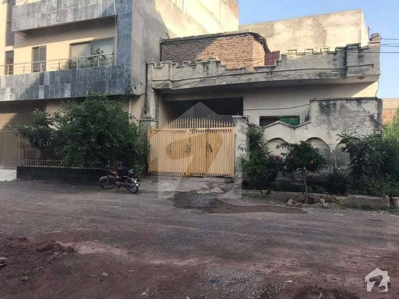 1125  Square Feet House In H-13 For Sale