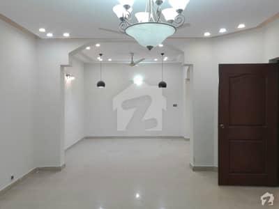عسکری 10 - سیکٹر اے عسکری 10 عسکری لاہور میں 4 کمروں کا 10 مرلہ مکان 2.65 کروڑ میں برائے فروخت۔
