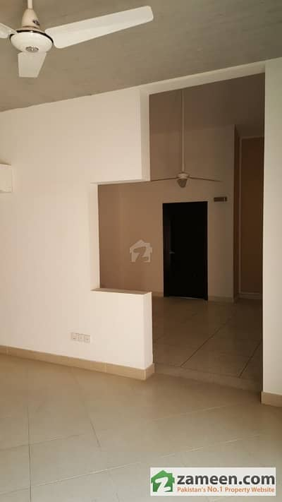 Upper Portion For Rent In Zamzama Streets