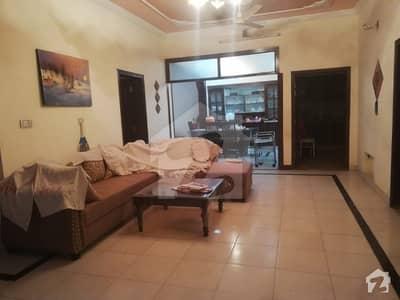 پی ڈبلیو ڈی روڈ اسلام آباد میں 4 کمروں کا 12 مرلہ بالائی پورشن 38 ہزار میں کرایہ پر دستیاب ہے۔
