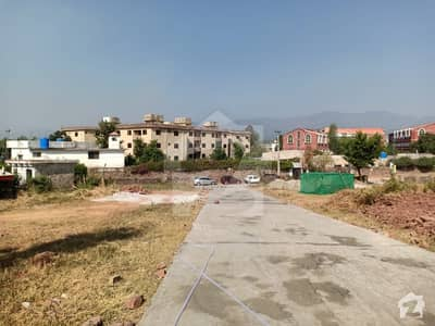 1800  Square Feet Residential Plot In Bani Gala Is Available