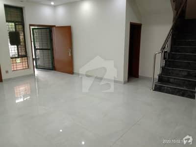 واپڈا ٹاؤن فیز 1 واپڈا ٹاؤن لاہور میں 3 کمروں کا 1 کنال مکان 90 ہزار میں کرایہ پر دستیاب ہے۔