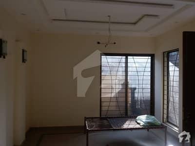 پاک عرب ہاؤسنگ سوسائٹی لاہور میں 3 کمروں کا 5 مرلہ مکان 55 ہزار میں کرایہ پر دستیاب ہے۔