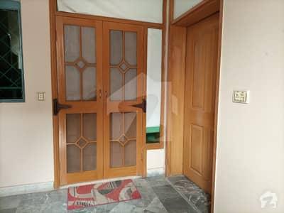 جوہر ٹاؤن فیز 2 - بلاک ایچ1 جوہر ٹاؤن فیز 2 جوہر ٹاؤن لاہور میں 5 کمروں کا 5 مرلہ مکان 1.5 کروڑ میں برائے فروخت۔