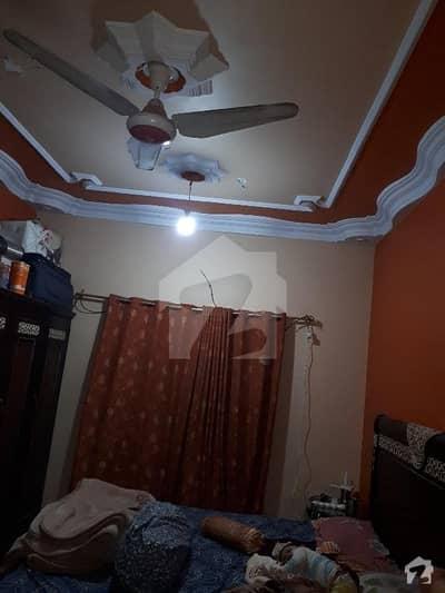 پی آئی بی کالونی کراچی میں 2 کمروں کا 4 مرلہ فلیٹ 58 لاکھ میں برائے فروخت۔