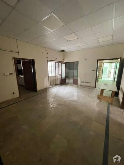 10 Marla Lower Portion Available For Rent In Gulberg Main Market