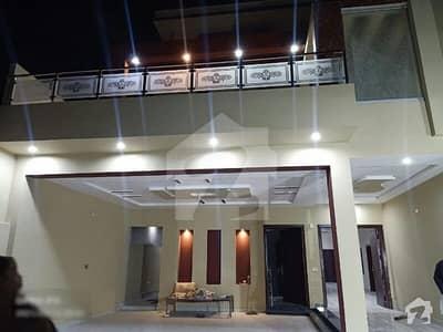 ماڈل ٹاؤن ملتان میں 6 کمروں کا 1 کنال مکان 3.5 کروڑ میں برائے فروخت۔