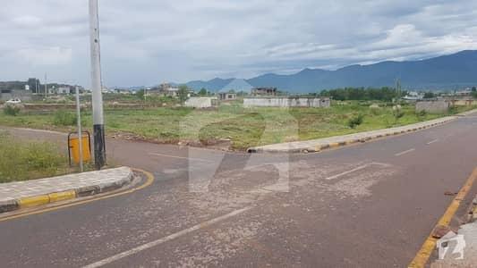 آئی۔12/4 آئی ۔ 12 اسلام آباد میں 8 مرلہ رہائشی پلاٹ 1.1 کروڑ میں برائے فروخت۔