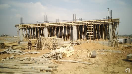 Main Kashmir Highway Flat Available For Sale