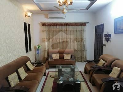 پی آئی اے ہاؤسنگ سکیم لاہور میں 2 کمروں کا 10 مرلہ زیریں پورشن 38 ہزار میں کرایہ پر دستیاب ہے۔