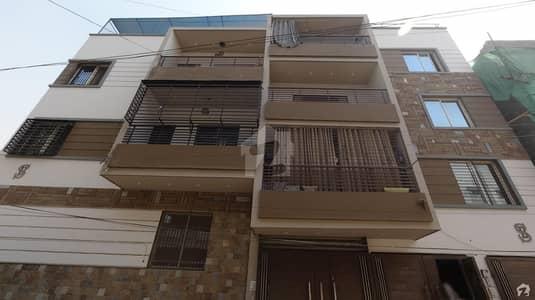 شرف آباد گلشنِ اقبال ٹاؤن کراچی میں 3 کمروں کا 7 مرلہ بالائی پورشن 2.65 کروڑ میں برائے فروخت۔