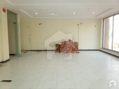 4 Marla 1st Floor With 1 Hall For Rent