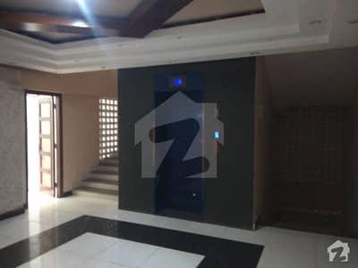 کوسموپولیٹن سوسائٹی کراچی میں 4 کمروں کا 9 مرلہ بالائی پورشن 3.6 کروڑ میں برائے فروخت۔