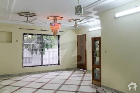 10 Marla Double Storey House For Sale In Nishtar Block Allama Iqbal Town Lahore