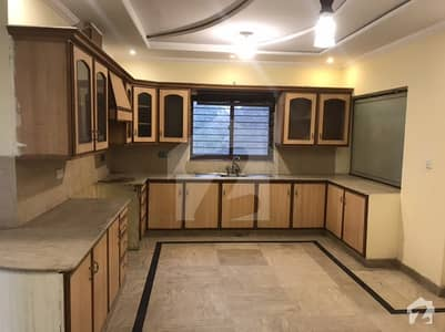 1 Kanal Upper Portion In Good Condition Available For Rent In Wapda Town Phase 1