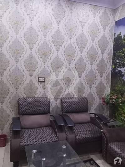 بلوچ کالونی کراچی میں 3 کمروں کا 4 مرلہ فلیٹ 1.2 کروڑ میں برائے فروخت۔