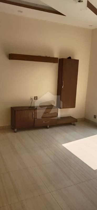 سٹیٹ لائف فیز۱۔ بلاک اے ایکسٹینشن اسٹیٹ لائف ہاؤسنگ فیز 1 اسٹیٹ لائف ہاؤسنگ سوسائٹی لاہور میں 3 کمروں کا 5 مرلہ مکان 47 ہزار میں کرایہ پر دستیاب ہے۔