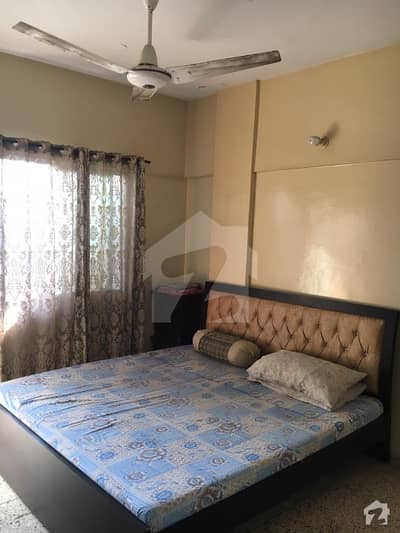 یونیورسٹی روڈ کراچی میں 2 کمروں کا 4 مرلہ فلیٹ 55 لاکھ میں برائے فروخت۔