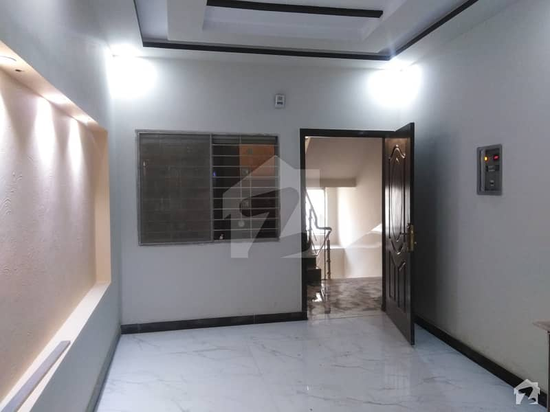 Flat Of 3 Marla Available In Samanabad