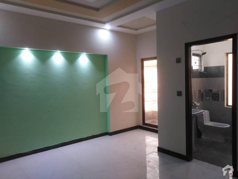 Flat For Sale Situated In Samanabad
