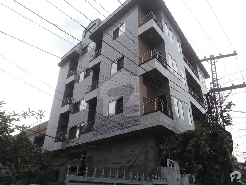 Perfect 3 Marla Flat In Samanabad For Sale