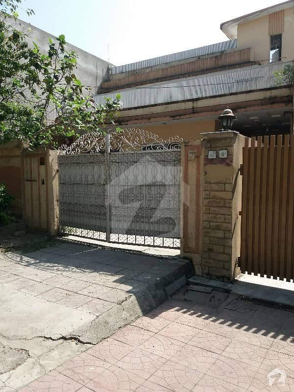 G-9/3 35x70 Good Condition House For Sale