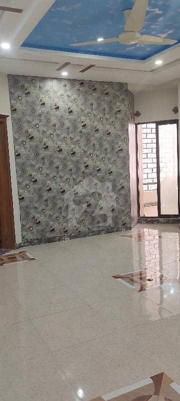 جی ۔ 11/3 جی ۔ 11 اسلام آباد میں 3 کمروں کا 5 مرلہ فلیٹ 1.3 کروڑ میں برائے فروخت۔