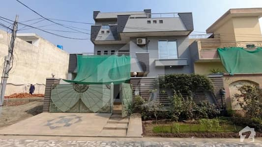 An Aesthetic Well  Built And Beautifully Finished House Is Available For Sale In      P E C H S Phase 2 Block C Lahore