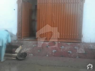 Islamia Colony House Sized 1575  Square Feet For Sale