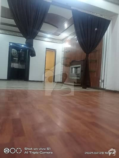 4 Bed Room With Attached Wash Room At Prime Location