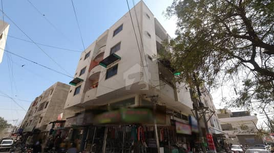 1250 Square Feet Flat Ideally Situated In Gadap Town