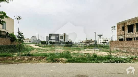 Near To Plot No 381 Next To Corner Approach From Main Road 1 Kanal Plot For Sale