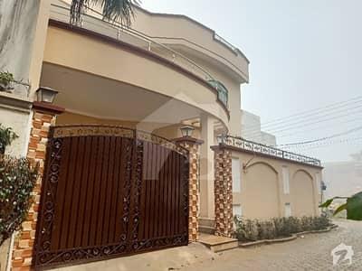 دارالسلام کالونی گجرات میں 5 کمروں کا 8 مرلہ مکان 2.1 کروڑ میں برائے فروخت۔
