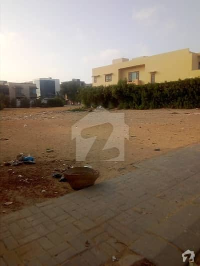 1000 Square Yards Residential Plot On Prime Location Of Clifton Block 4 Is Available For Sale In Reasonable Demand