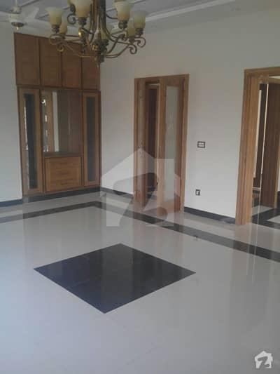 ڈی ۔ 12/3 ڈی ۔ 12 اسلام آباد میں 2 کمروں کا 7 مرلہ زیریں پورشن 60 ہزار میں کرایہ پر دستیاب ہے۔