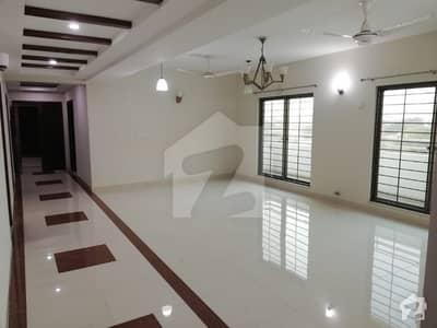 4 Bed Luxury Flat For Sale in Askari 11 Lahore