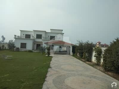 18000  Square Feet Farm House In Cantt Is Available