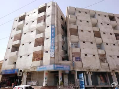 768  Square Feet Spacious Flat Available In Latifabad For Sale