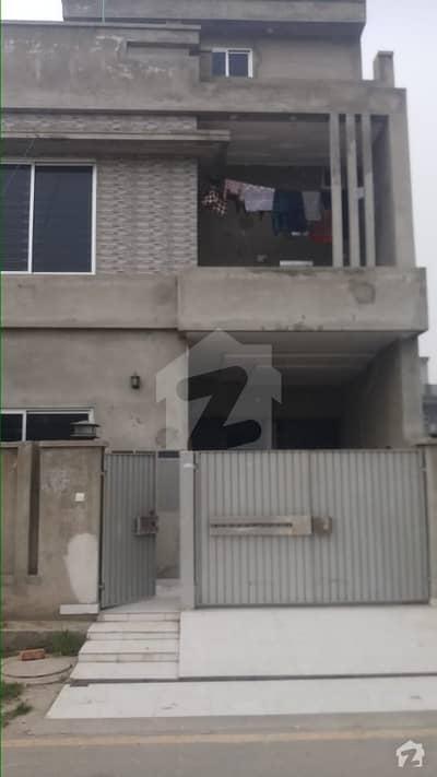 پارک ویو ولاز - ٹیولپ بلاک پارک ویو ولاز لاہور میں 3 کمروں کا 5 مرلہ مکان 1.03 کروڑ میں برائے فروخت۔