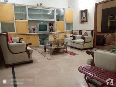 جوہر ٹاؤن فیز 2 جوہر ٹاؤن لاہور میں 1 کمرے کا 1 مرلہ کمرہ 25 ہزار میں کرایہ پر دستیاب ہے۔