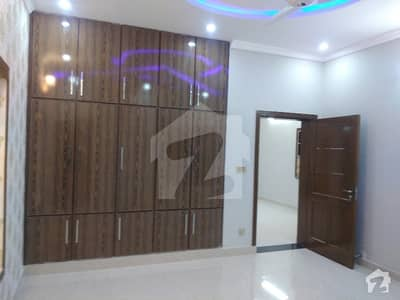 فیڈریشن ہاؤسنگ سوسائٹی - او-9 نیشنل پولیس فاؤنڈیشن او ۔ 9 اسلام آباد میں 5 کمروں کا 10 مرلہ مکان 2.3 کروڑ میں برائے فروخت۔