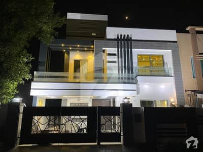 We Offered 11 Marla House Slightly Use Basement With Double Storey Reasonable Price  On Best  Location In  Bahria Town Lahore