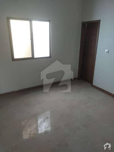 جناح ایونیو کراچی میں 11 کمروں کا 5 مرلہ زیریں پورشن 1 کروڑ میں برائے فروخت۔