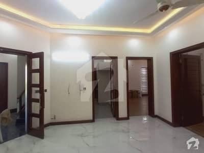 ڈی ایچ اے 11 رہبر فیز 1 ڈی ایچ اے 11 رہبر لاہور میں 4 کمروں کا 10 مرلہ مکان 2.85 کروڑ میں برائے فروخت۔