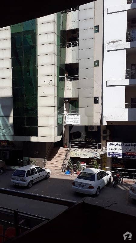 ای ۔ 11/3 ای ۔ 11 اسلام آباد میں 2 کمروں کا 4 مرلہ فلیٹ 70 لاکھ میں برائے فروخت۔