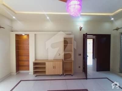 ڈی ایچ اے 11 رہبر فیز 1 ڈی ایچ اے 11 رہبر لاہور میں 3 کمروں کا 10 مرلہ مکان 2.5 کروڑ میں برائے فروخت۔