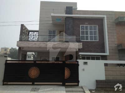 ٹی آئی پی ہاؤسنگ سوسائٹی ۔ فیز2 ٹی آئی پی ہاؤسنگ سوسائٹی لاہور میں 5 کمروں کا 9 مرلہ مکان 1.7 کروڑ میں برائے فروخت۔