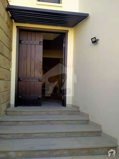 ڈی ایچ اے فیز 6 ڈی ایچ اے کراچی میں 6 کمروں کا 1.2 کنال مکان 15 کروڑ میں برائے فروخت۔